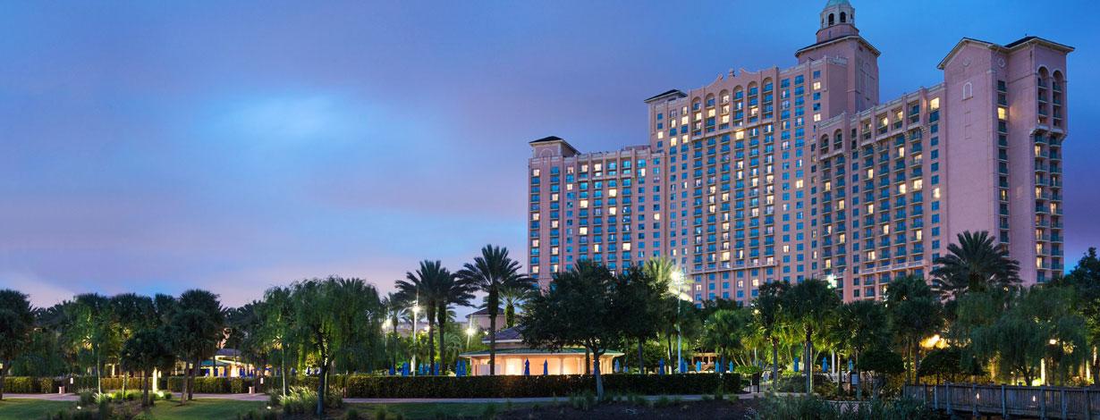 Rooms & Suites at Grande Lakes Orlando resort, Florida